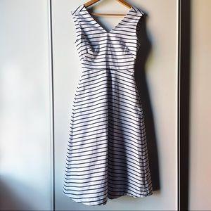 Kate Spade striped tie back V neck dress size 2